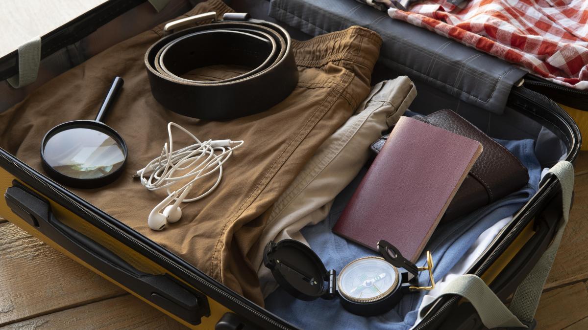 exemplo de organização de uma mala de mão par viagem